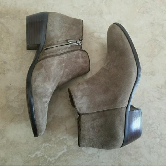 1419778a2ab32 Sam Edelman Shoes - Sam Edelman Petty Moss Brown Suede Booties 7.5